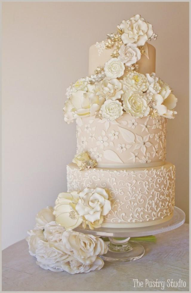 white gold wedding cake gold wedding white amp gold wedding cakes 2129485 weddbook 27294