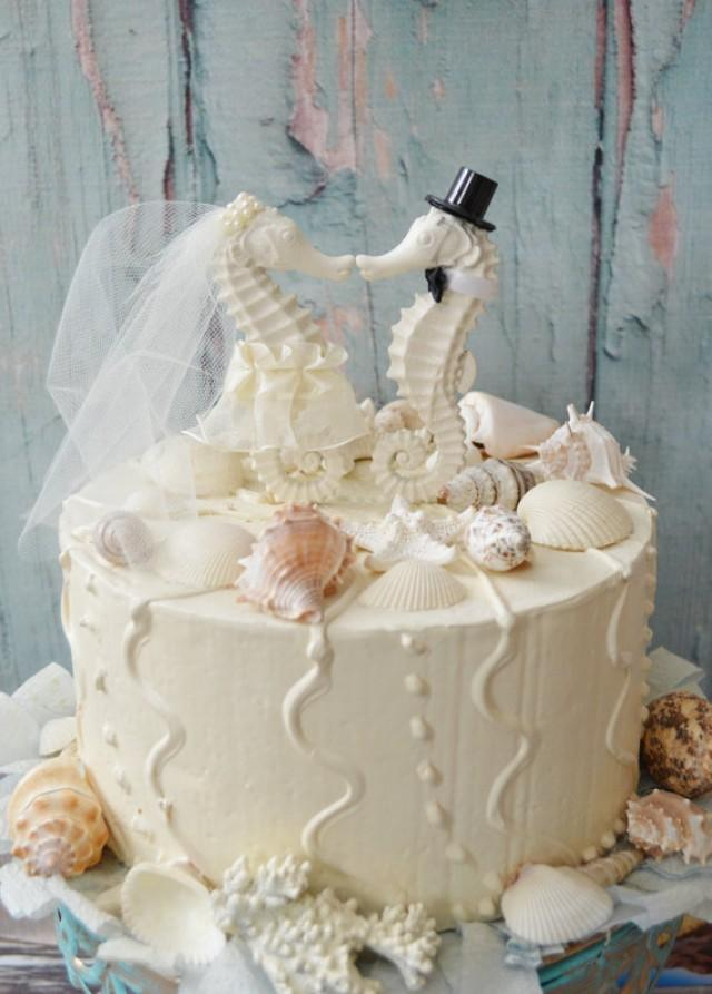 elegant beach themed wedding cakes seahorse wedding cake topper ivory seahorse wedding 13956