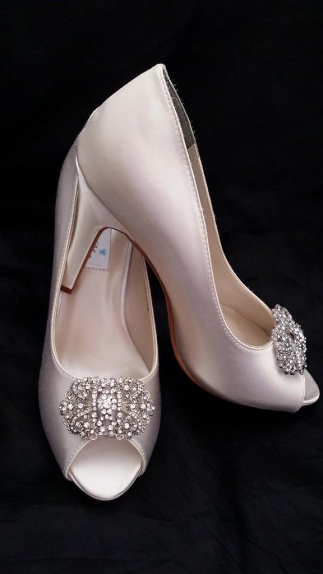 white wedding shoes wedding shoes vintage inspired bridal shoes 1368