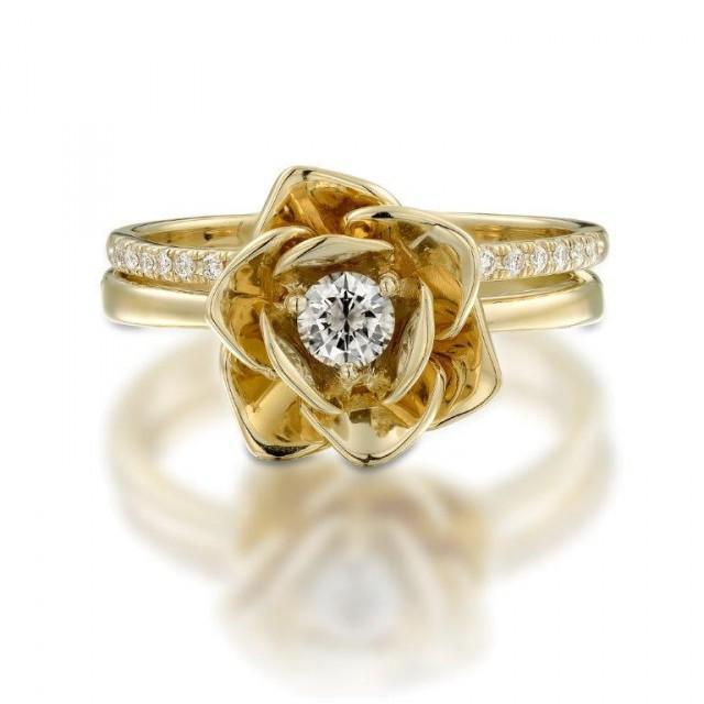 14k Yellow Gold Ring Floral Flower Shape Ring Diamond Ring