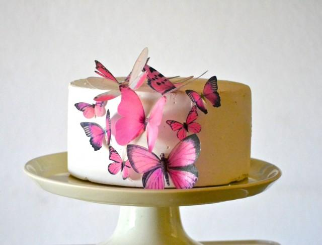 edible wedding cake decorations 2 wedding cake topper edible butterflies assorted set of 15 3832