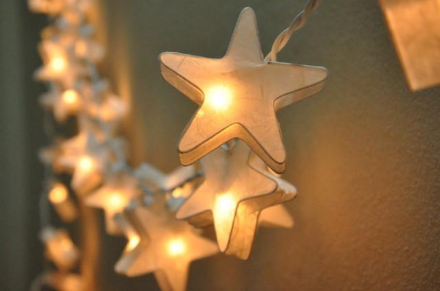 35 White Star Lantern String Lights For