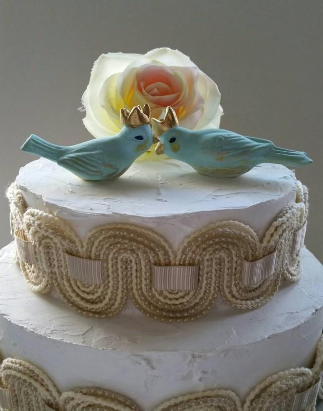 blue love birds wedding cake topper wedding cake topper birds with crowns in pale light blue 11994