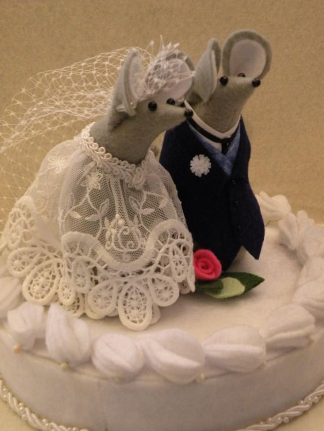 mice wedding cake toppers mr and mrs mouse wedding cake toppers felt mice 17333