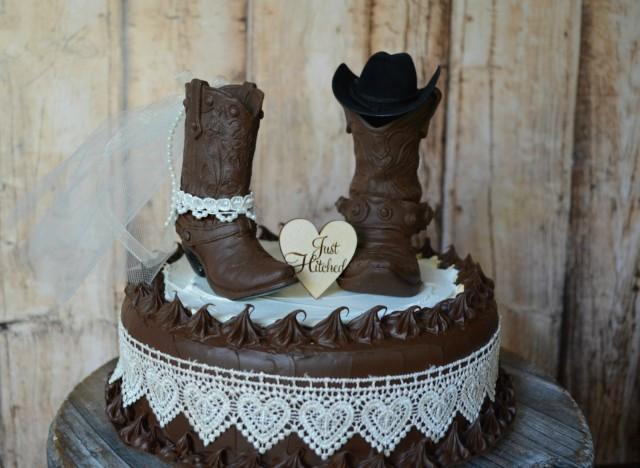 country western wedding cake pictures cowboy boot wedding cake topper just hitched sign country 13014