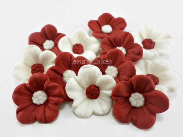 wedding cake fondant flower toppers 30 burgundy sugar flowers edible wedding cake fondant 22689