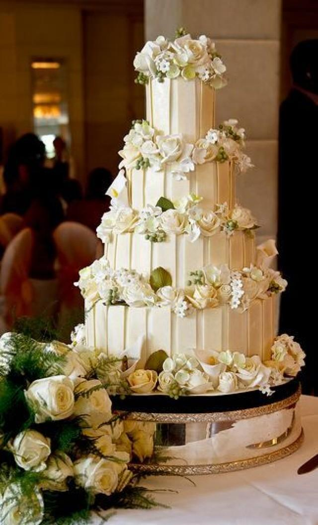 4 tier chocolate wedding cake recipe four tier white chocolate wedding cake with white roses 10372